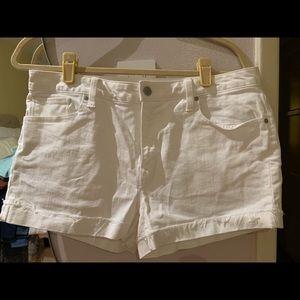 GAP White Shorts Size 31